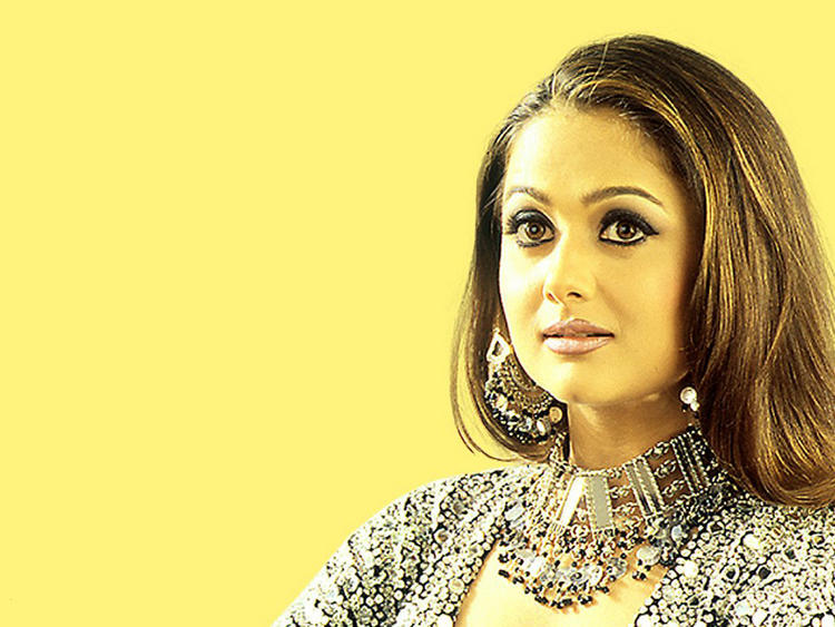 Amrita Arora Beautiful wallpaper