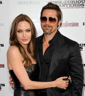 Brad Pitt and Angelina Jolie Sleeveless Dress Still