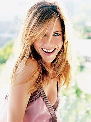 Jennifer Aniston With Open Smile Wallpaper
