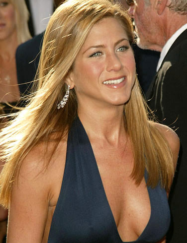 Jennifer Aniston Sexy Cleavages Public Glamour Still