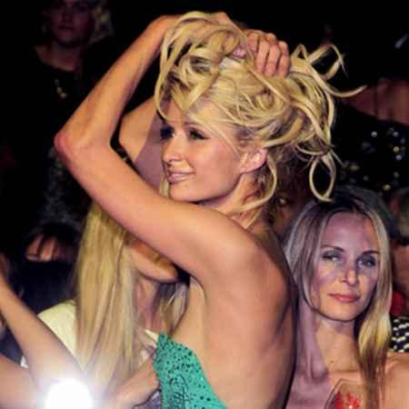 Paris Hilton Back Bare Glamour Still
