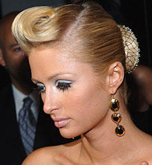 Paris Hilton Hair Style Latest Photo