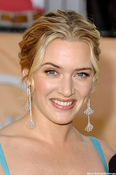 Kate Winslet Earings Gorgeous Smile Pic