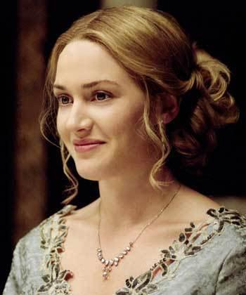 Kate Winslet Sweet Beauty Smile Pic