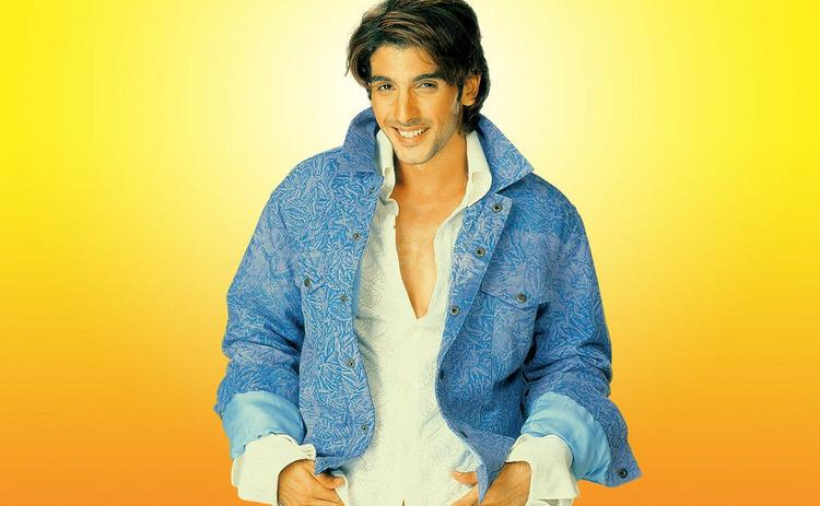 Zayed Khan Cute Smile Picture