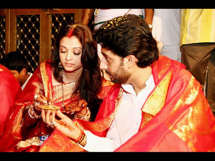 Abhishek Bachchan and Aishwarya Rai Wedding Still