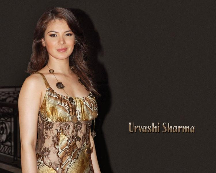 Urvashi Sharma Glamourous Wallpaper