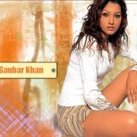 Gauhar Khan Hot Romantic Look Wallpaper