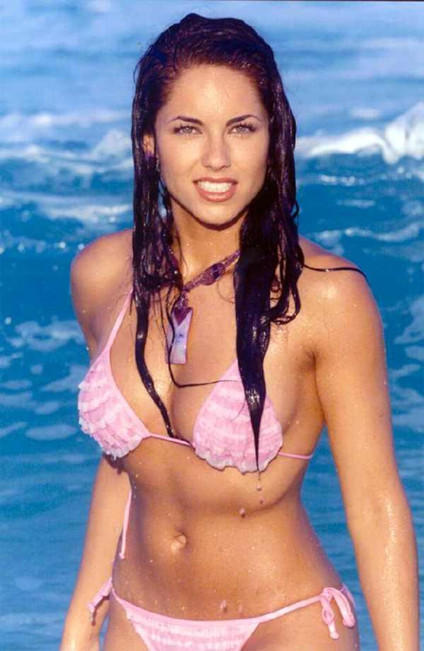 Barbara Mori Bikini Hot Pics
