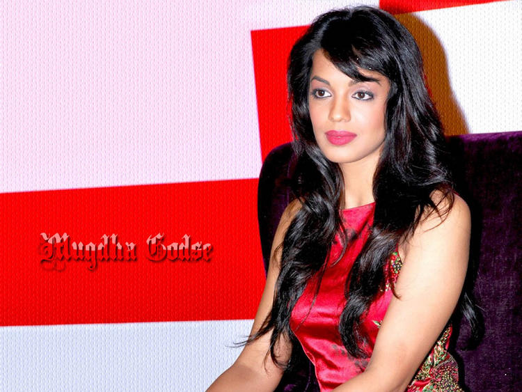 Charming Beauty Mugdha Godse Wallpaper
