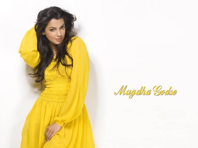 Mugdha Godse Yellow Dress Hot Pose Wallpaper