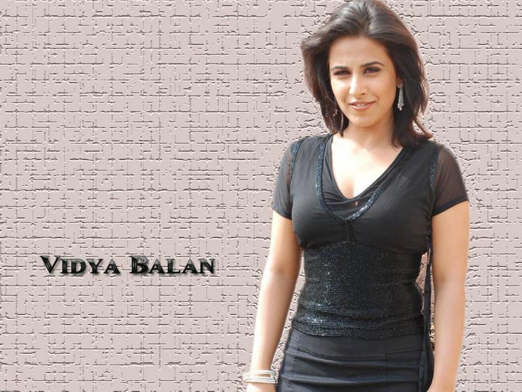 Dirty Girl Vidya Balan Wallpaper