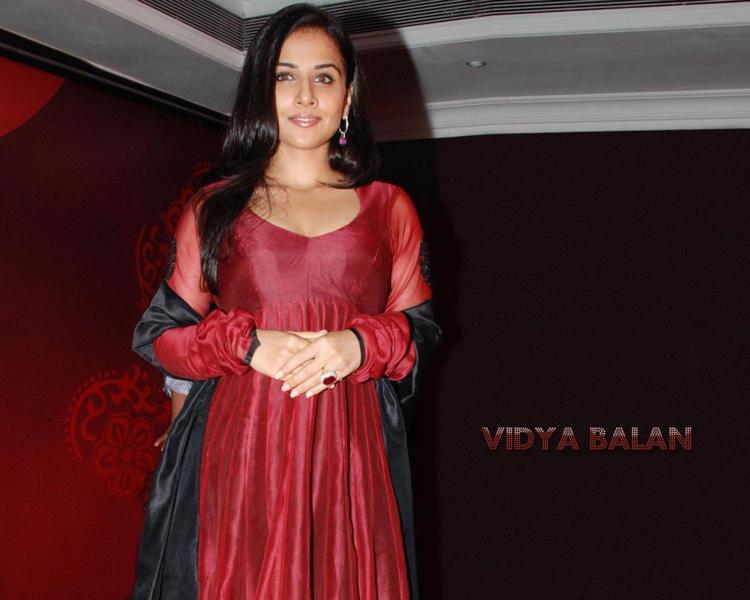Vidya Balan Red Dress Gorgeous Wallpaper