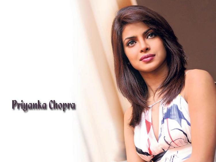 Priyanka Chopra Sizzling Hot Wallpaper