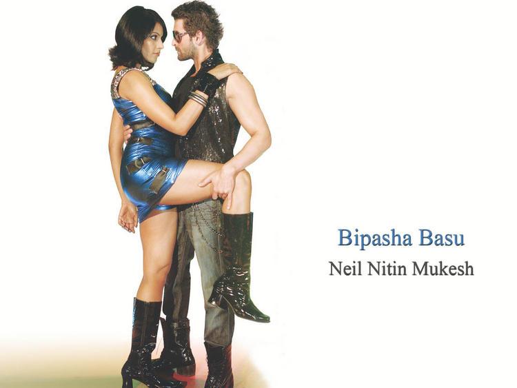Bipasha Basu with Neil Nitin Mukesh Hot Scenes