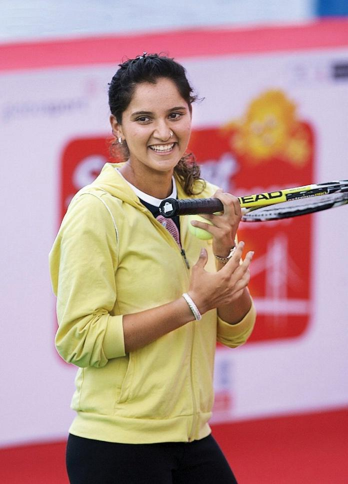 Tennis Star Sania Mirza Smile Photo