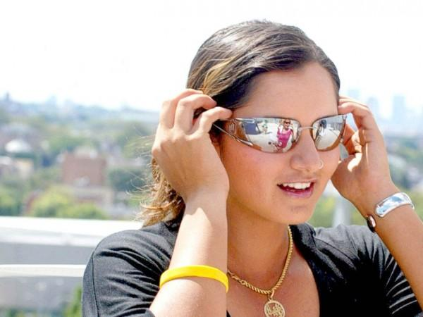 Sania Mirza Wearing Goggles Stylist Look