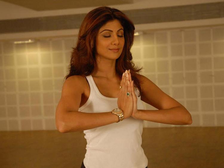 Shilpa Shetty Latest Yoga Still