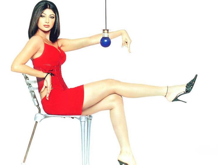Shilpa Shetty Red Tops Cute Sexy Pose Wallpaper