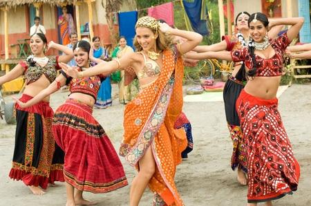 Jessica Alba Indian Look Danc Still