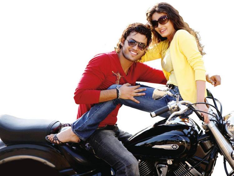 Sneha Ullal with Kumar Sahil Glamour Still