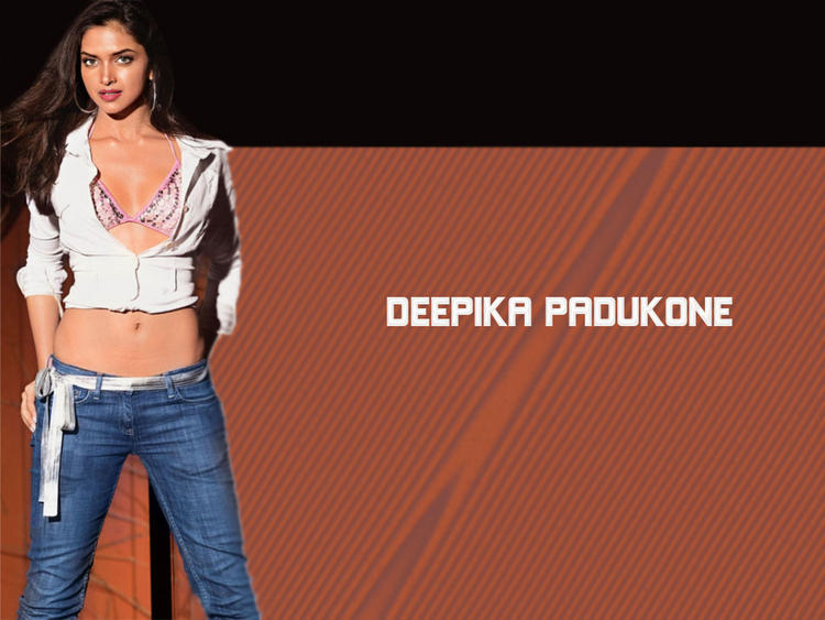 Deepika Padukone Opening Dress Glamour Wallpaper
