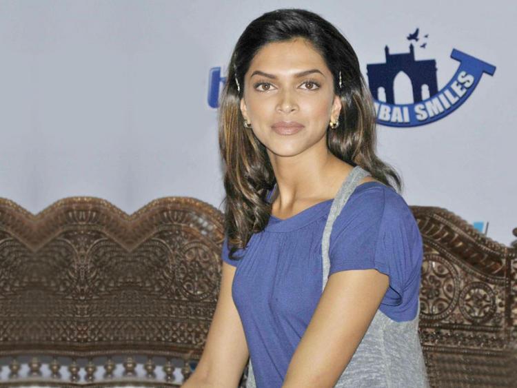 Deepika Padukone Latest Glamour Still