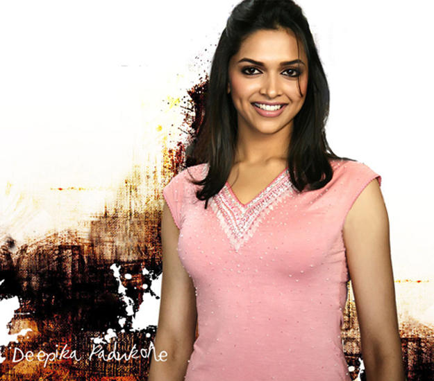 Deepika Padukone Smilling Face Wallpaper