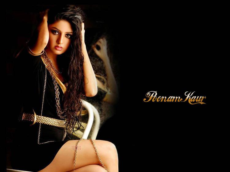 Poonam Kaur Glamour Wallpaper