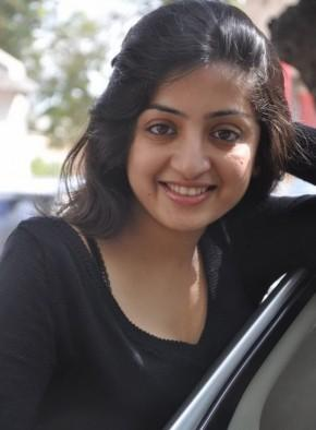 Poonam Kaur Smilling Face Wallpaper
