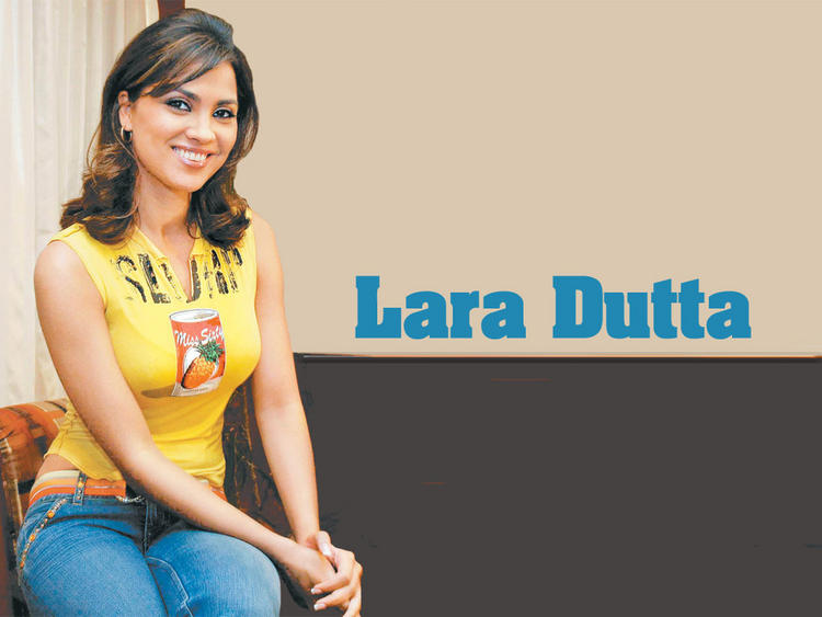 Lara Dutta Latest Wallpaper