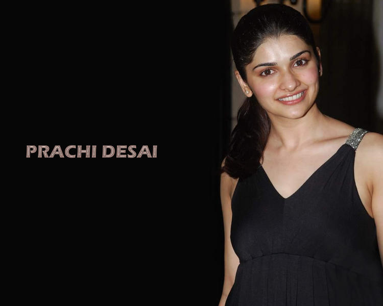 Prachi Desai Sweet Smile Wallpaper