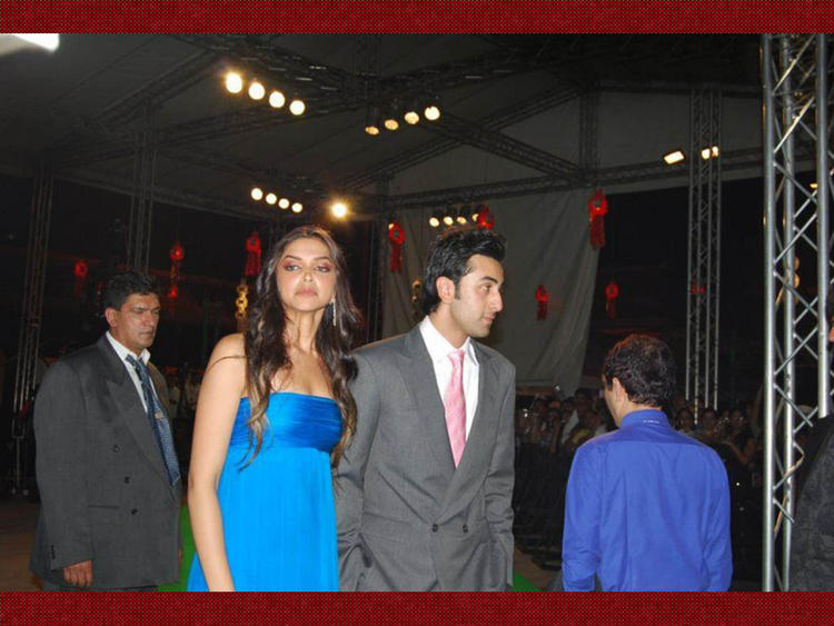 Deepika Padukone with Ranbir Kapoor Latest Pic