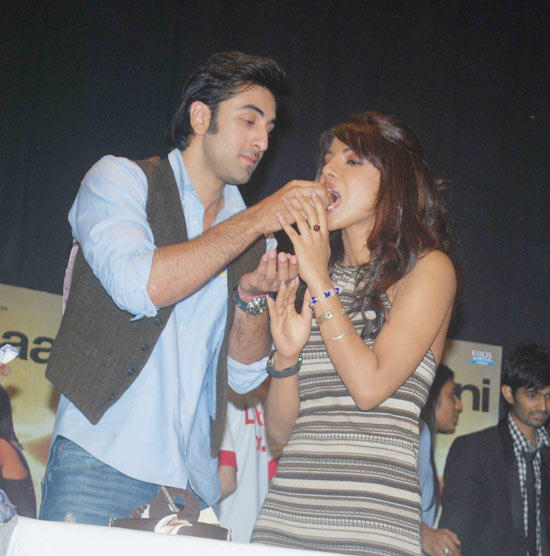 Ranbir kapoor Celebrate His Birthday With Priyanka