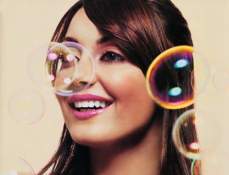 Minisha Lamba Bubbles Wallpaper