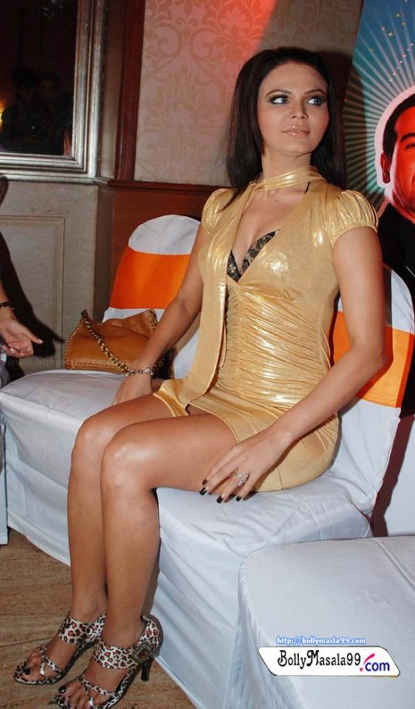 Rakhi Sawant Tight Dress Hot Pic