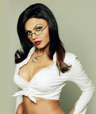 Rakhi Sawant Sexy Hot Look Wallapper