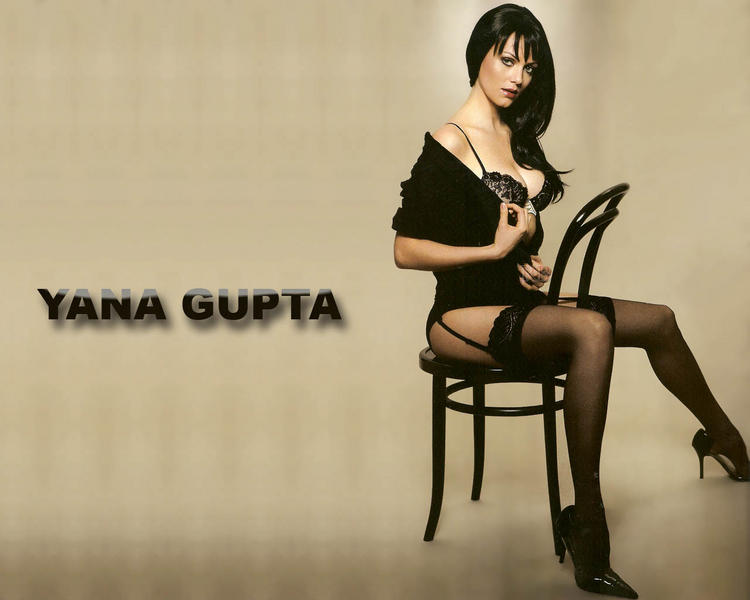 Yana Gupta black hot wallpaper