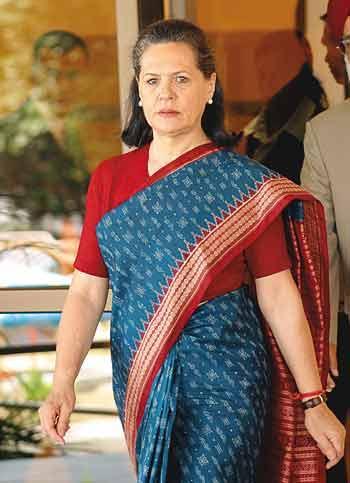 Sonia Gandhi Blue Saree Latest Pic