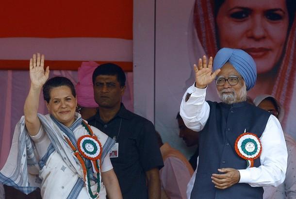 Manmohan Singh and Sonia Gandhi Latest Public Still