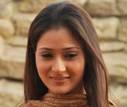 Cool Looking Sara Khan Sizzling Still