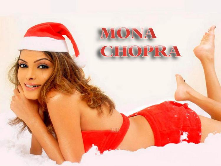 Mona Chopra Latest Cute Wallpaper