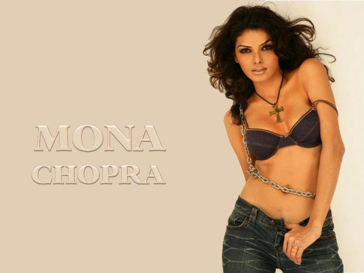 Mona Chopra Sexy Bikini Pose Wallpaper