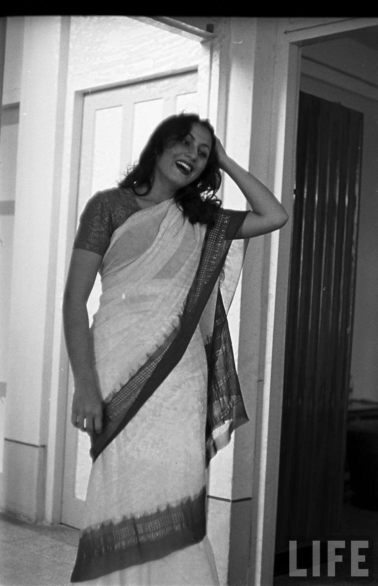 Rare Madhubala Photo in white sari