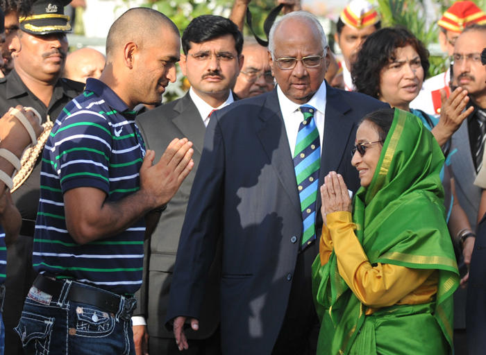 World Cup Dhoni and President Pratibha Patil Pic