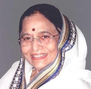 Pratibha Patil Smilling Face Photo