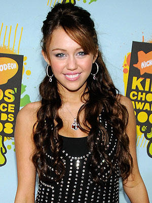 Cute Miley Cyrus Hair Style Beauty Still