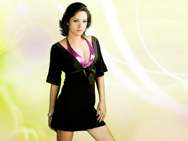 Udita Goswami Hot Pics