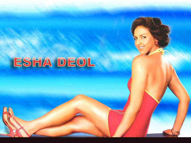 Esha Deol Latest Glamour Wallpaper