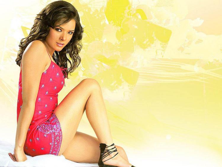 Udita Goswami cute hot look
